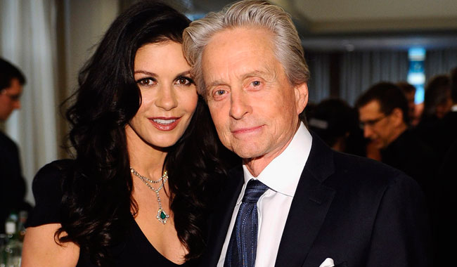Catherine-Zeta-Jones-Michael-Douglas-2235498.jpg