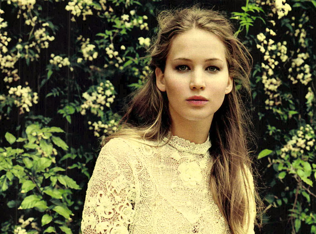 Jennifer-Lawrence-Gioia-Italy-May-2012-00.jpg