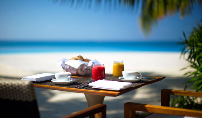 breakfast-in-turquoise.jpg